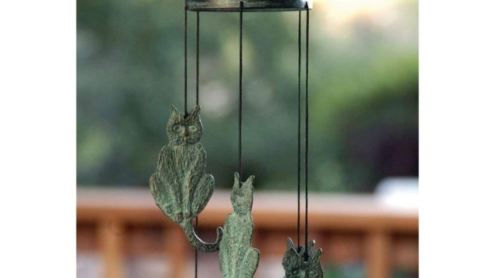 cat wind chime, cat patio decor, cat garden decor, cat home decor, kitty wind chime, kitty patio decor, kitty garden cedor, kitty home decor, brass, wind chimes